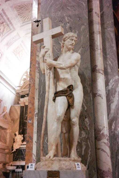 "Michelangelo's ""Christ Carrying the Cross"" in Santa Maria sopra Minerva"