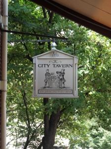 City Tavern (3)