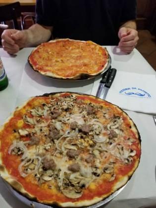 Pizzeria da Baffeto in Rome