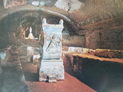 Altar in Mithraic triclinium, Basilica San Clemente, Rome; Roman mithraeum
